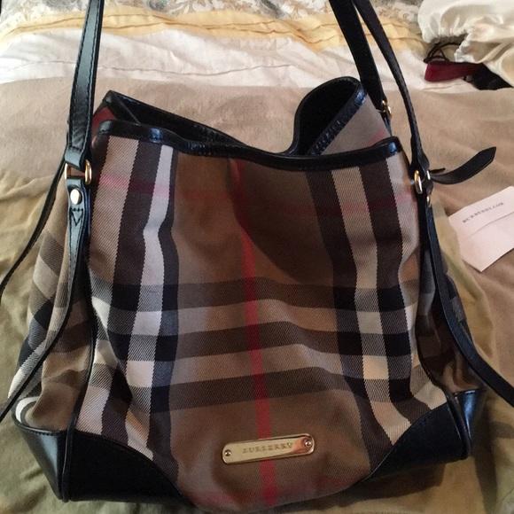 Burberry Handbags - Burberry Plaid purse with receipt! e1c95b0f99455